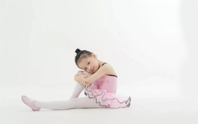 2月明星家庭   陈妍彤,努力本身就是一种天赋